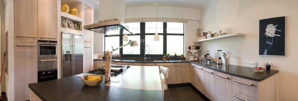 Keukens met kookeiland: Licht eiken